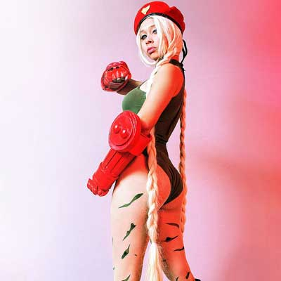 Cammy versus Vega: is it hate or love?