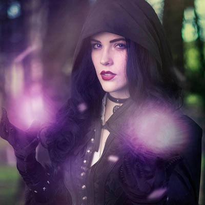 Eve Beauregard is Yennefer in The Witcher