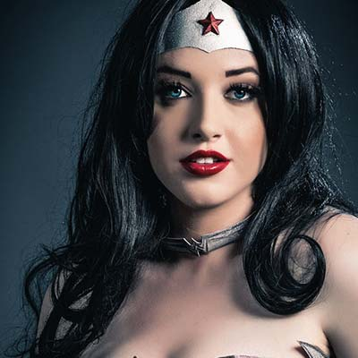 Callie Cosplay is Justice League's Wonder Woman