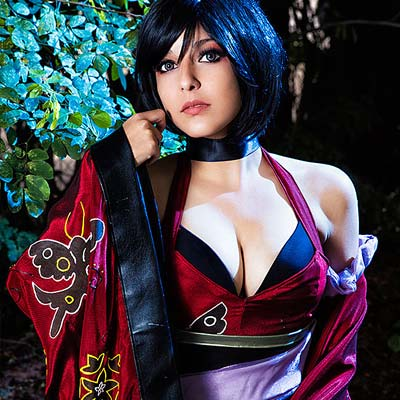 Shermie Cosplay is Ada Wong