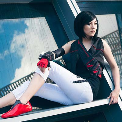 Faith uncovers Mirror's Edge Catalyst's secrets