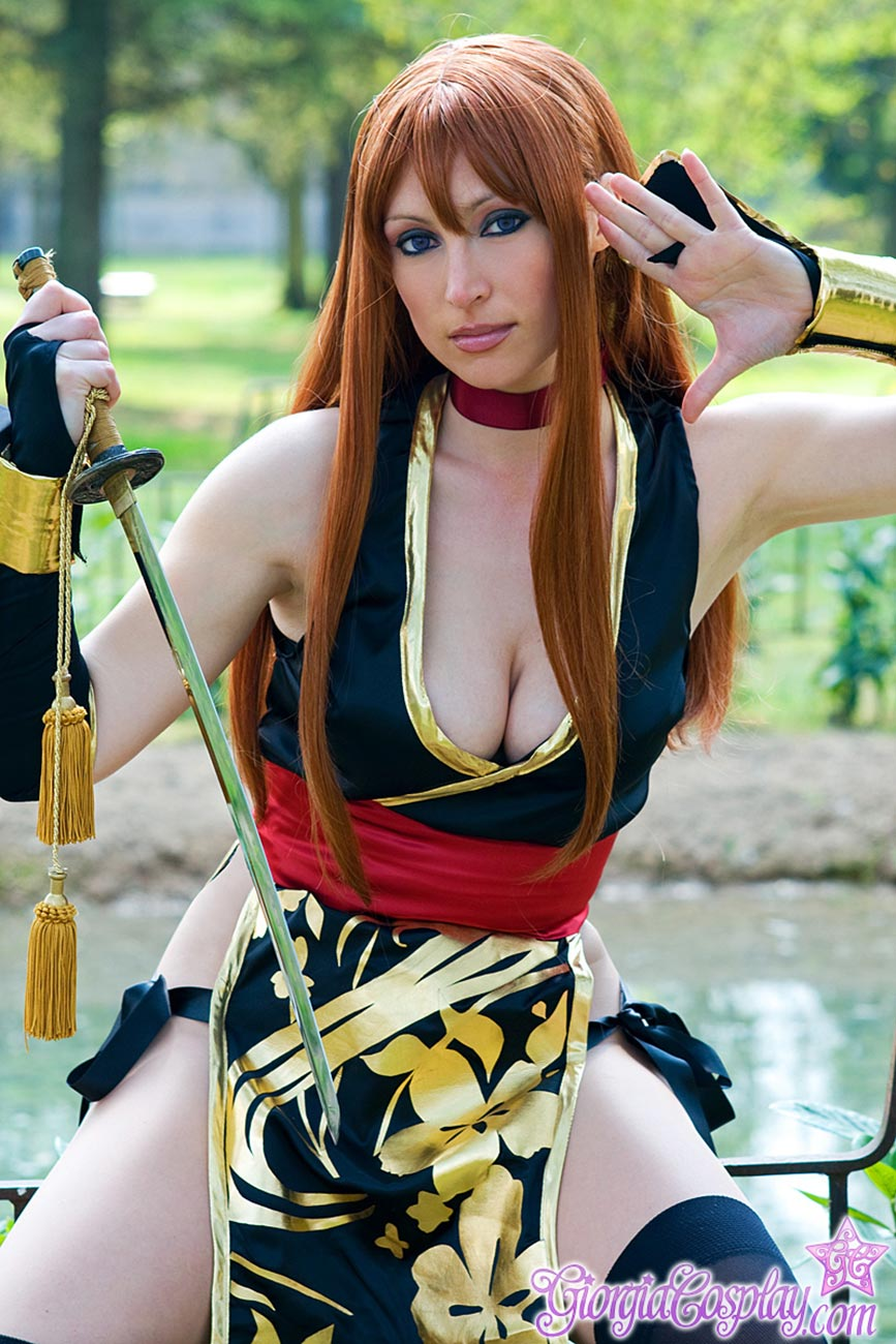 asumi from Dead or Alive video game cosplay