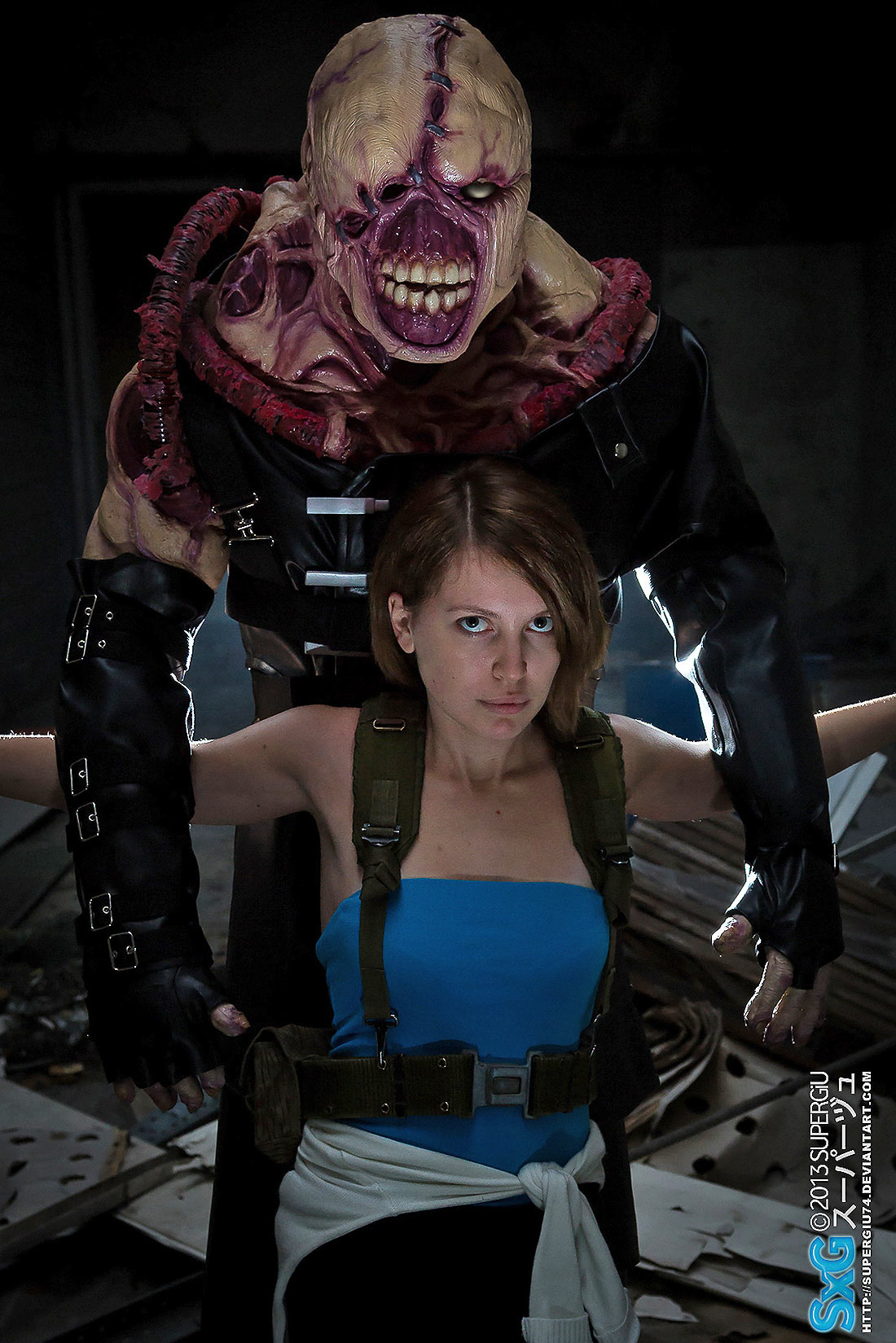 jill valentine is hunted by nemesis cosplay my game