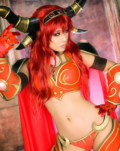 Alexstrasza in Warcraft video game cosplay