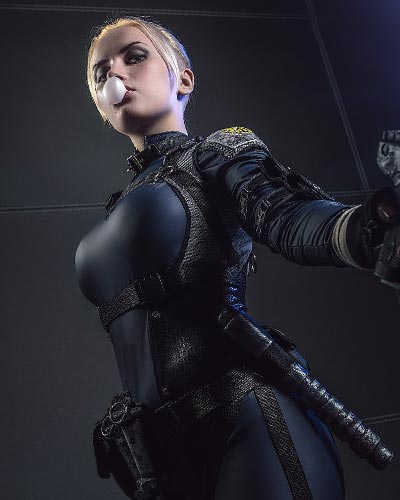 Cassie Cage leads a new generation of fighters in MK X